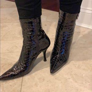 SW Croc patent leather Bootie